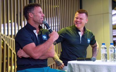 Ronny and Riise meet lucky fans at Four Points by Sheraton